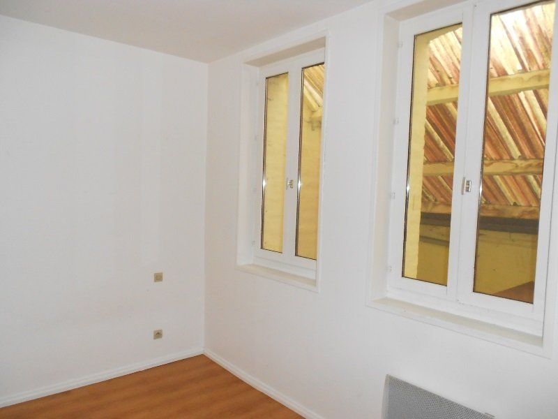 Appartement à louer 2 40m2 à Arras vignette-2