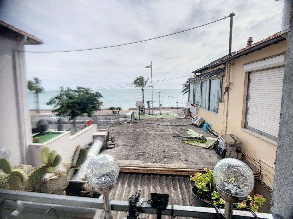 Maison à vendre 3 90m2 à Cagnes-sur-Mer vignette-1