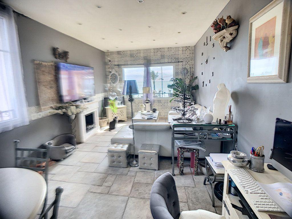 Maison à vendre 3 90m2 à Cagnes-sur-Mer vignette-2