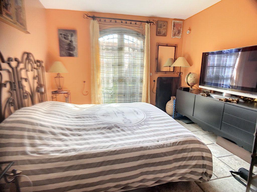 Maison à vendre 3 90m2 à Cagnes-sur-Mer vignette-3