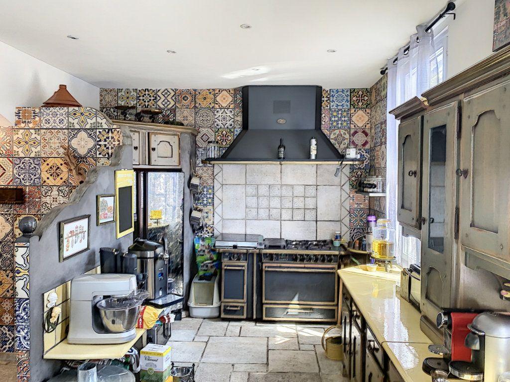 Maison à vendre 2 90m2 à Cagnes-sur-Mer vignette-3