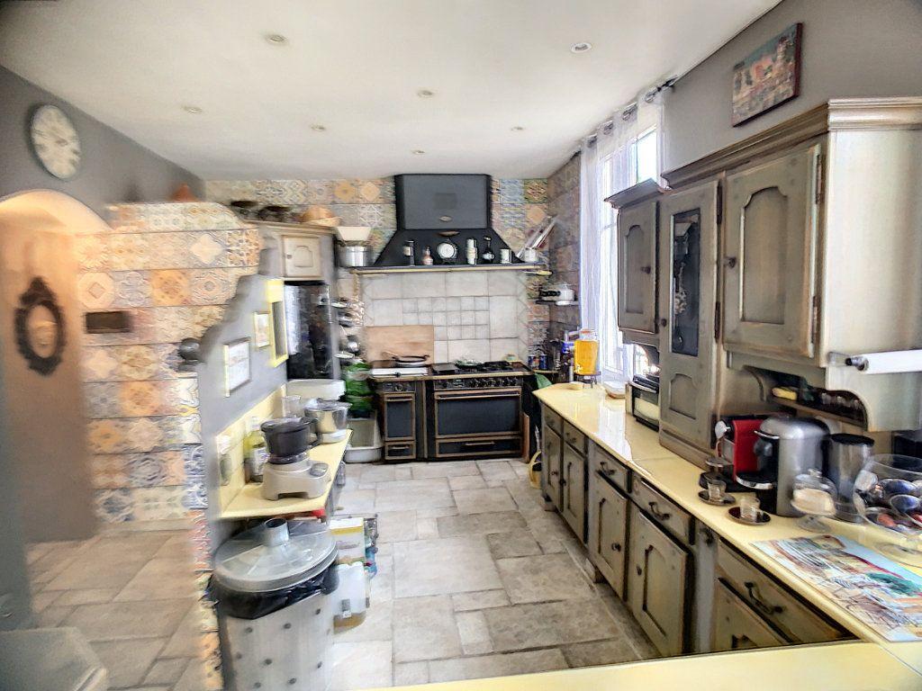 Maison à vendre 3 90m2 à Cagnes-sur-Mer vignette-5