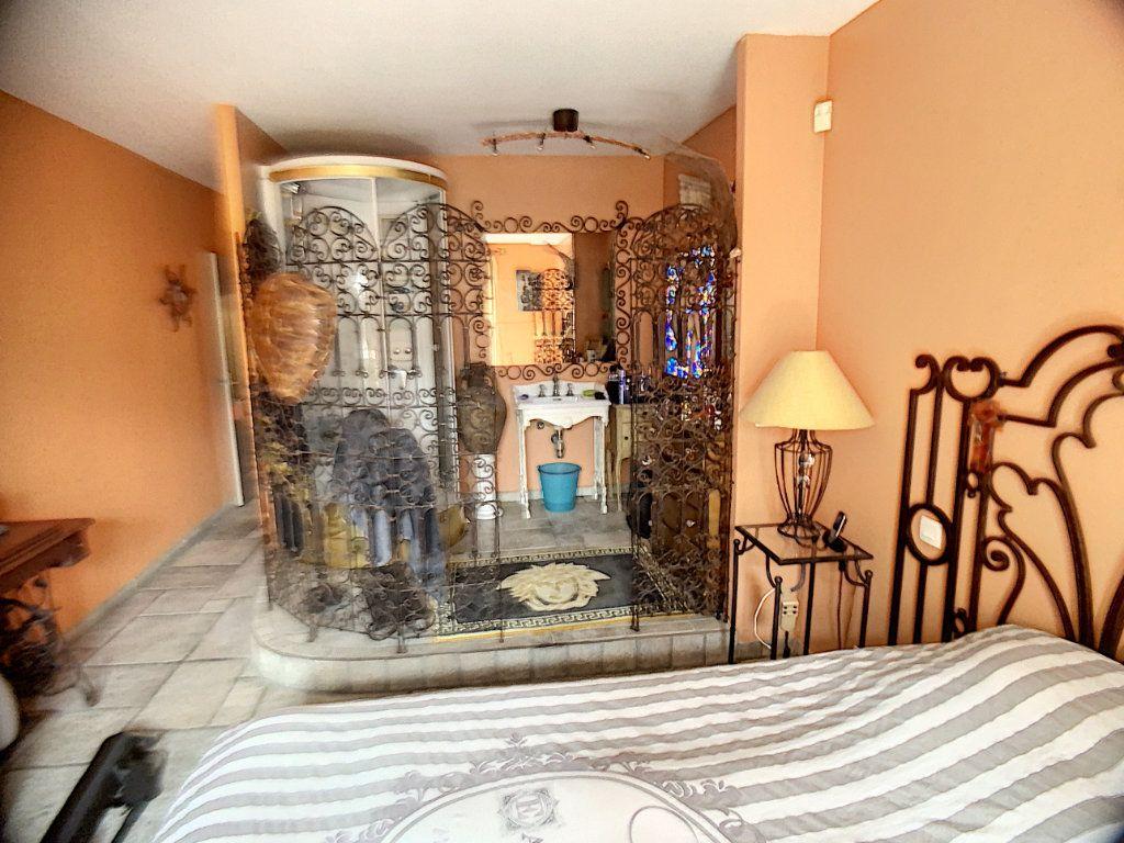 Maison à vendre 3 90m2 à Cagnes-sur-Mer vignette-6