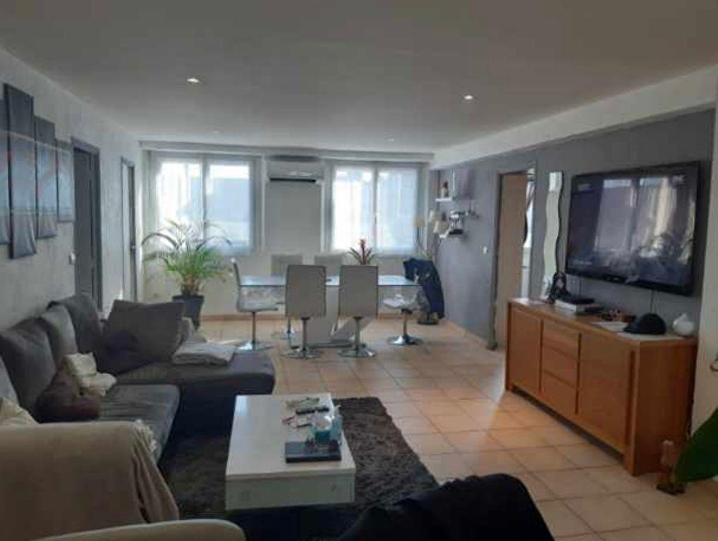 Appartement à vendre 3 88.43m2 à Saint-Laurent-du-Var vignette-7