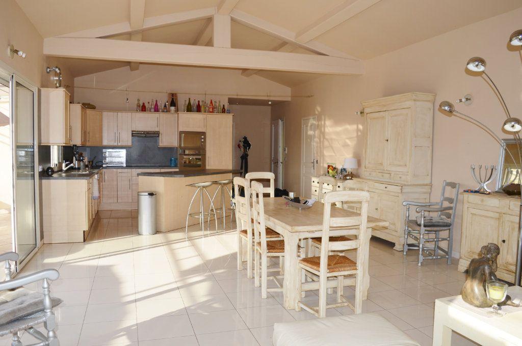 Maison à vendre 4 108.02m2 à La Colle-sur-Loup vignette-7