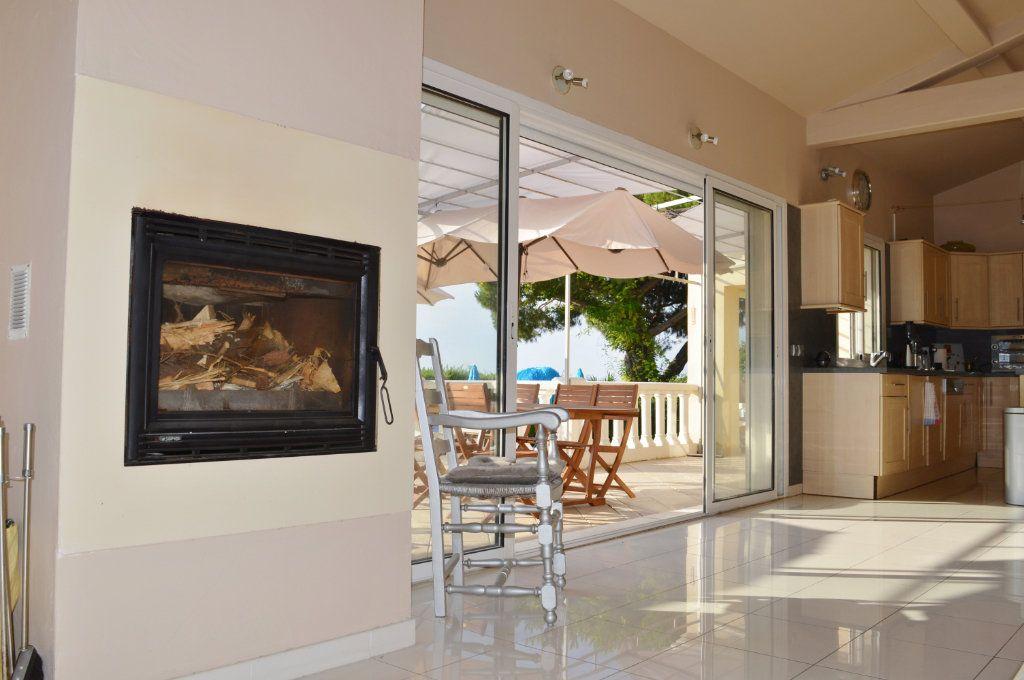 Maison à vendre 4 108.02m2 à La Colle-sur-Loup vignette-8