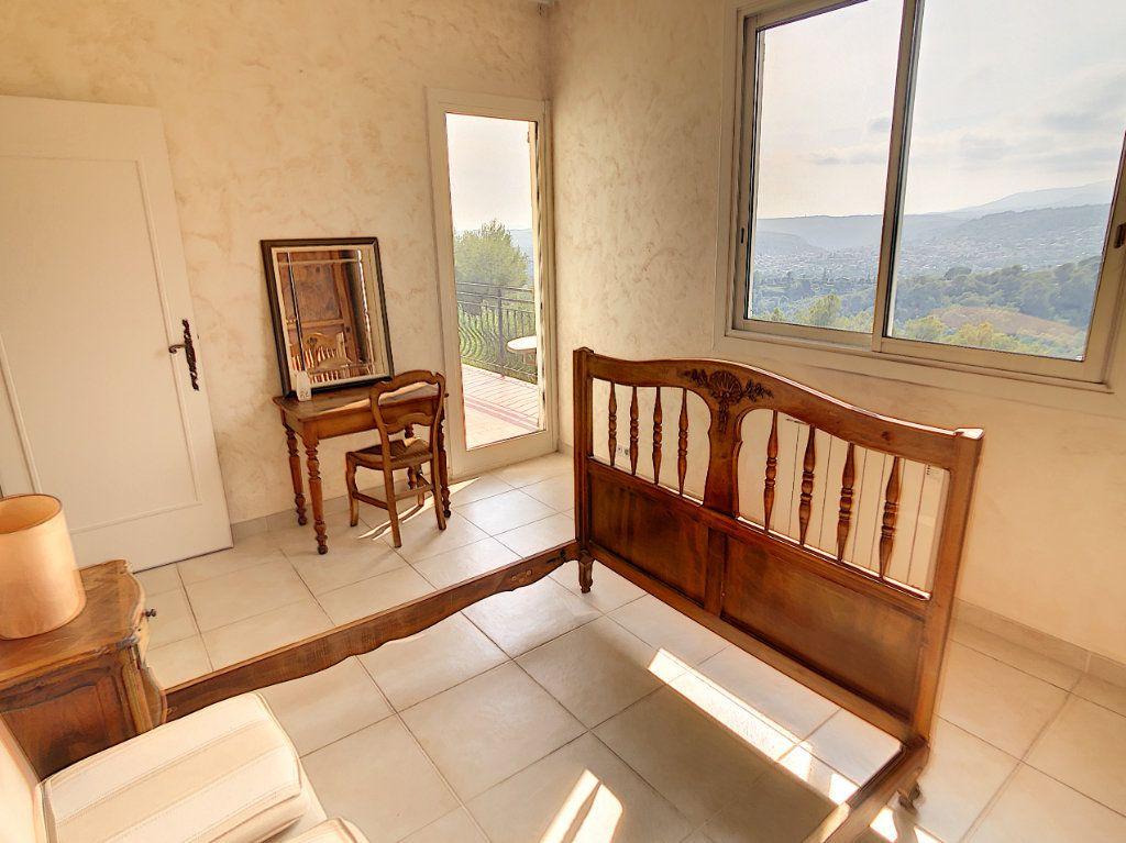 Maison à vendre 5 115m2 à Saint-Paul-de-Vence vignette-13