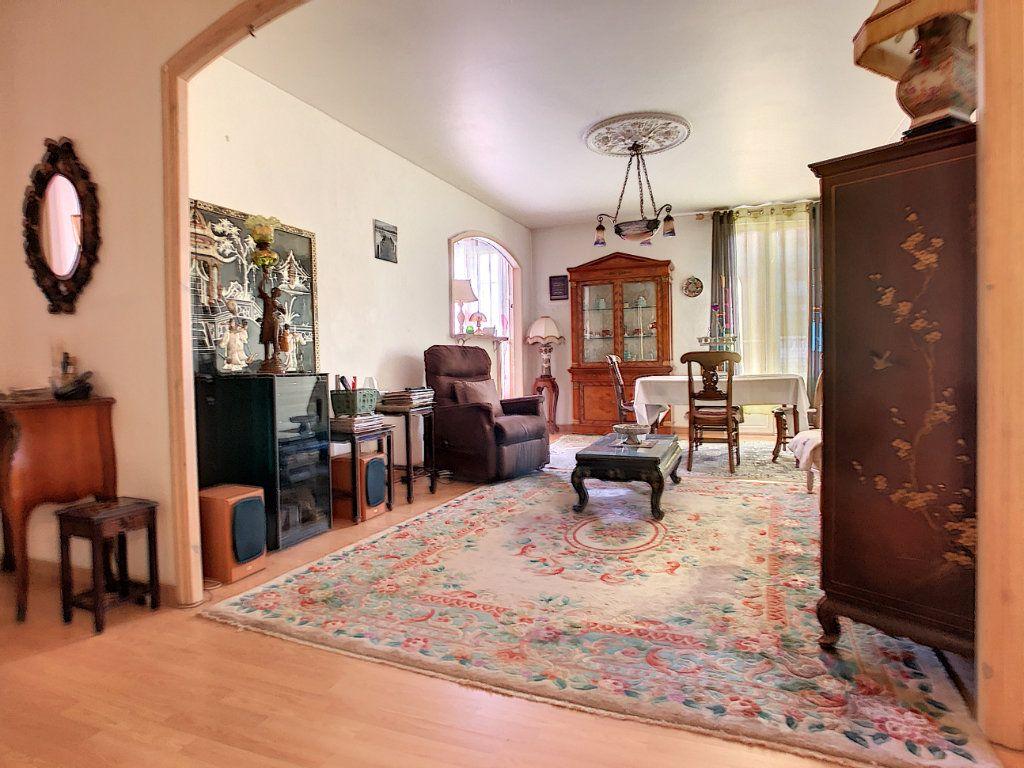 Appartement à vendre 3 85.08m2 à Juan-les-Pins - Antibes vignette-1