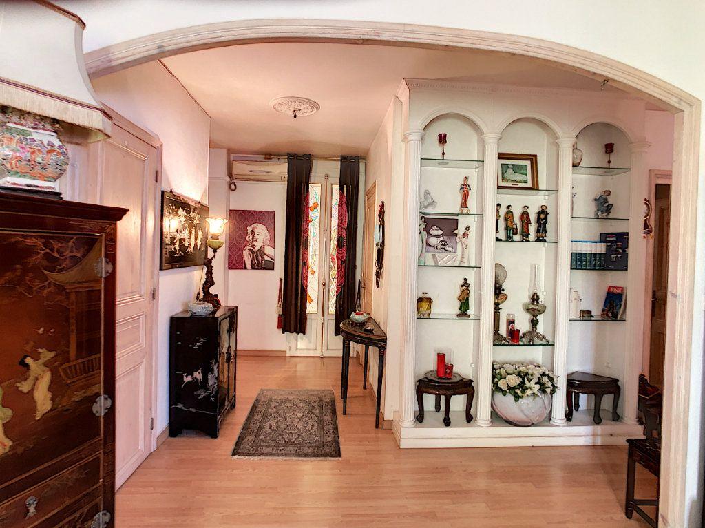 Appartement à vendre 3 85.08m2 à Juan-les-Pins - Antibes vignette-2