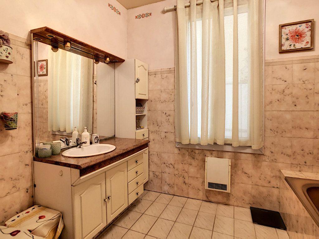 Appartement à vendre 3 85.08m2 à Juan-les-Pins - Antibes vignette-6