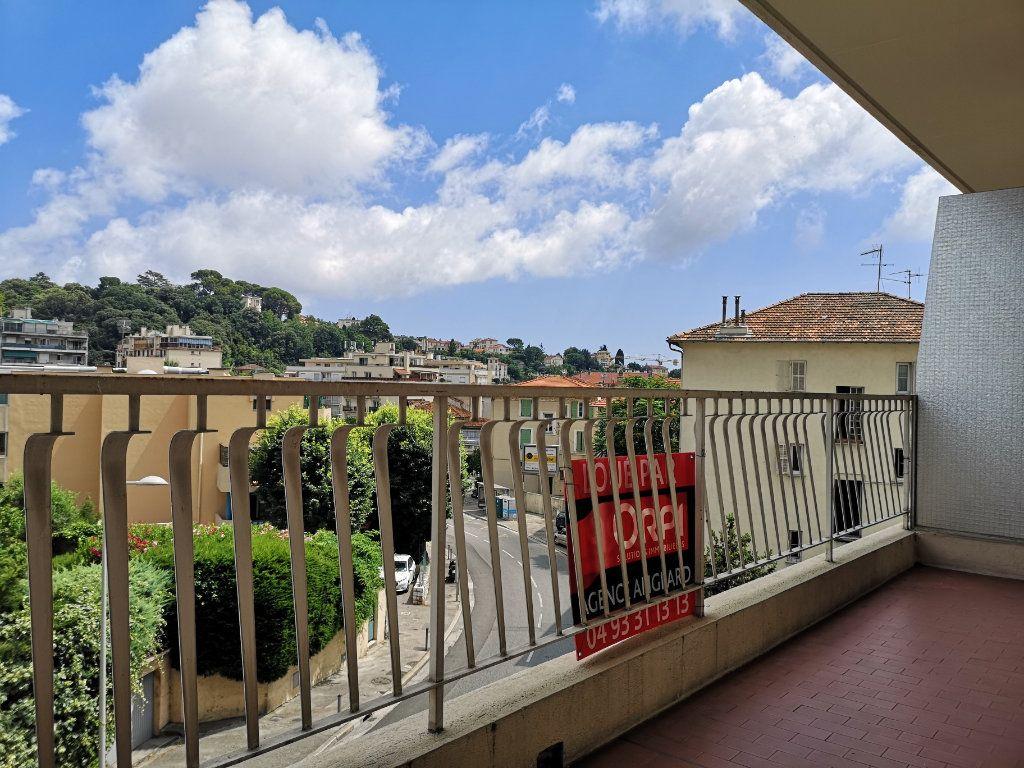 Appartement à louer 3 59.65m2 à Nice vignette-2