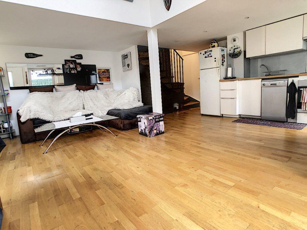 Appartement à vendre 3 62.81m2 à Cagnes-sur-Mer vignette-3