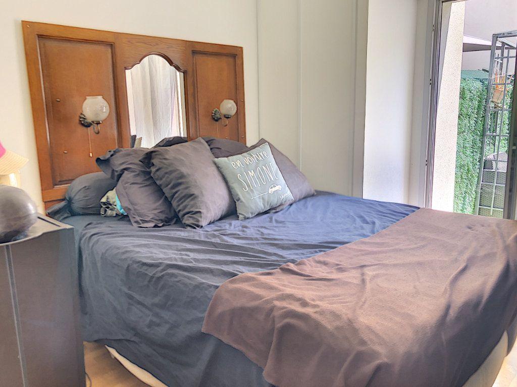 Appartement à vendre 3 62.81m2 à Cagnes-sur-Mer vignette-7