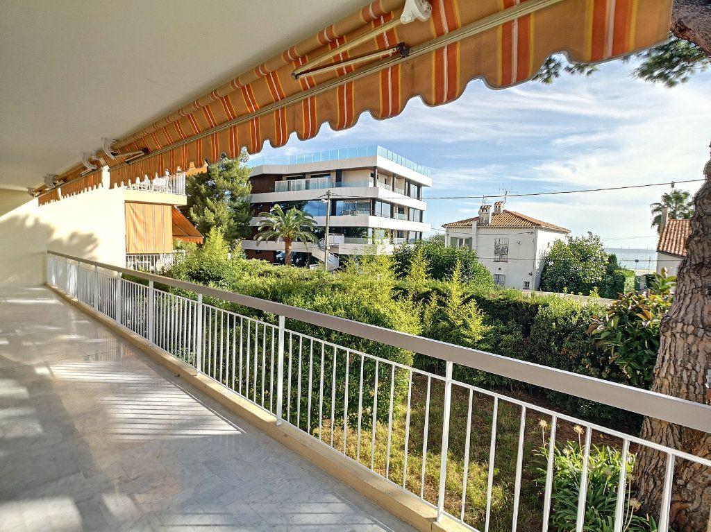 Appartement à louer 4 83.08m2 à Cagnes-sur-Mer vignette-1