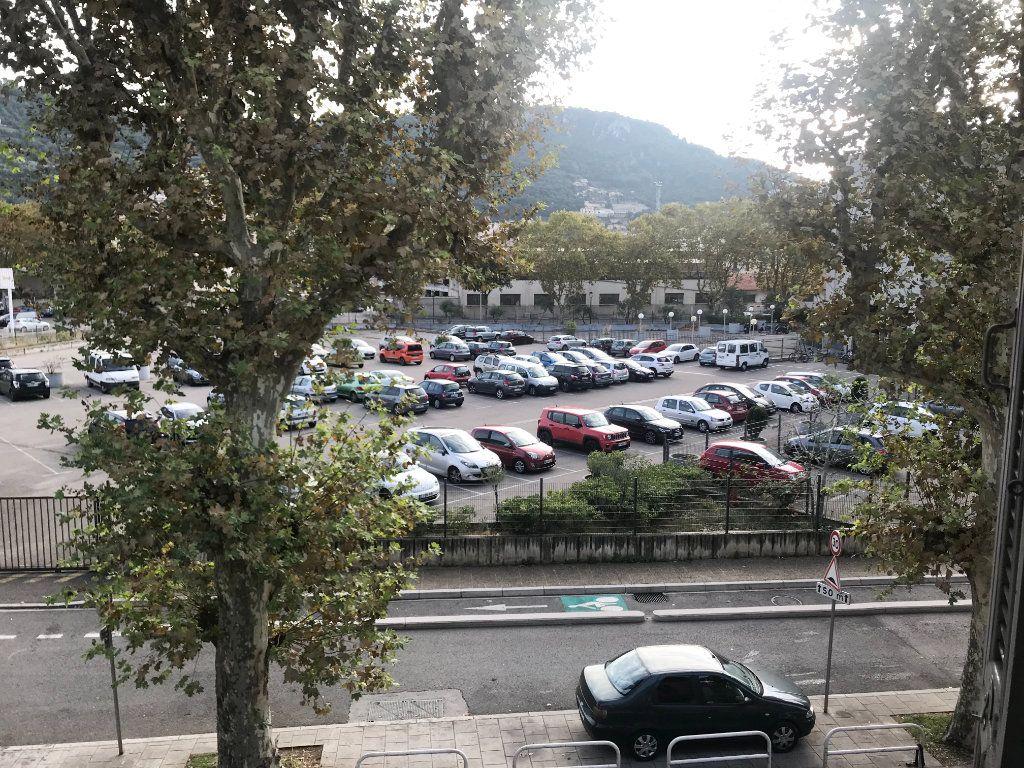 Appartement à vendre 1 24.38m2 à Nice vignette-4