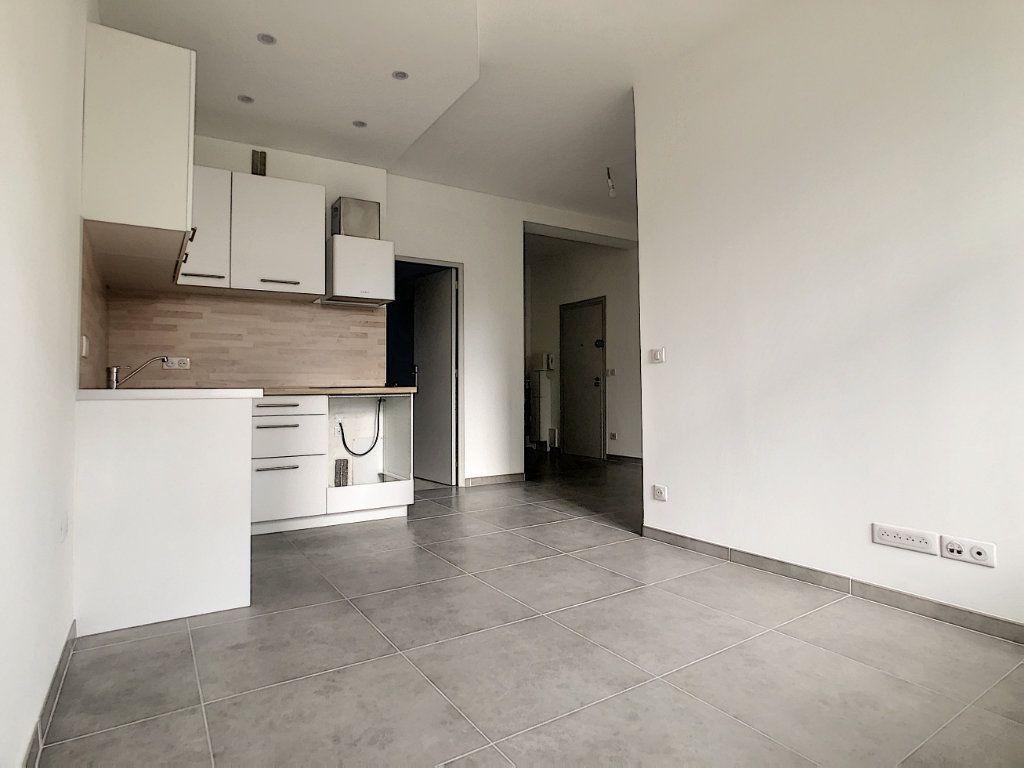 Appartement à vendre 2 37.05m2 à Cagnes-sur-Mer vignette-2