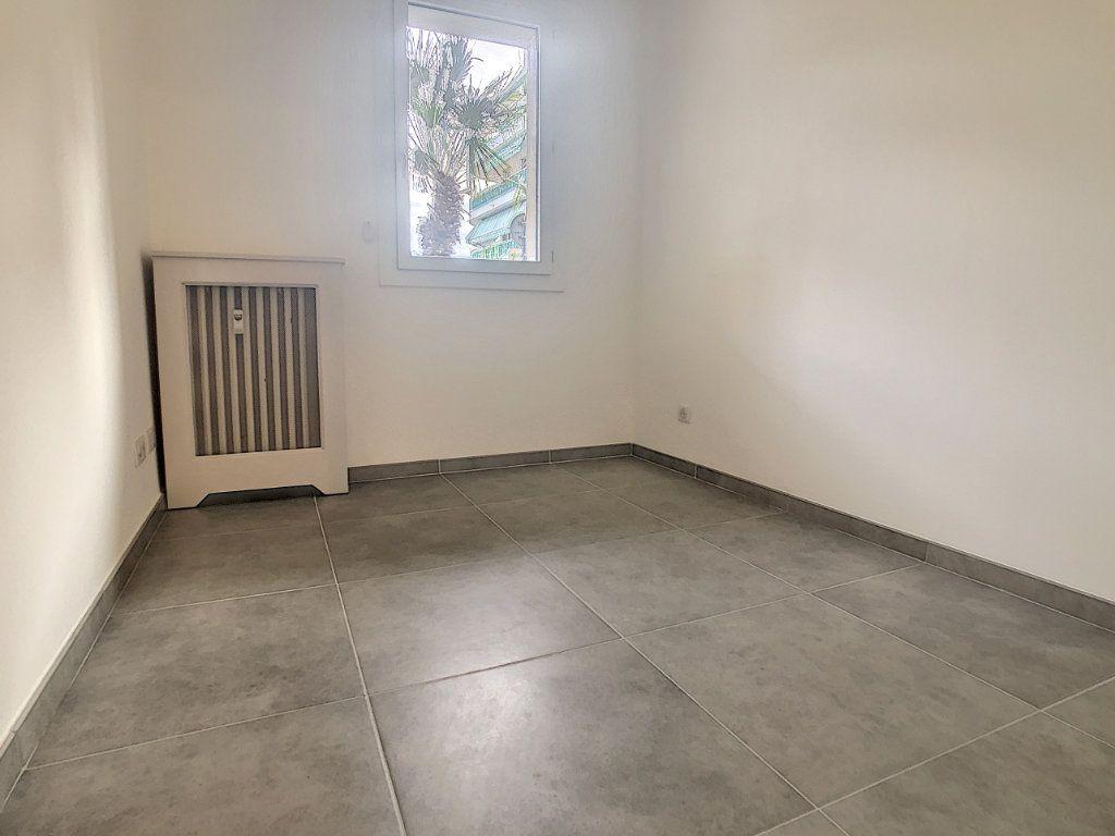 Appartement à vendre 2 37.05m2 à Cagnes-sur-Mer vignette-4