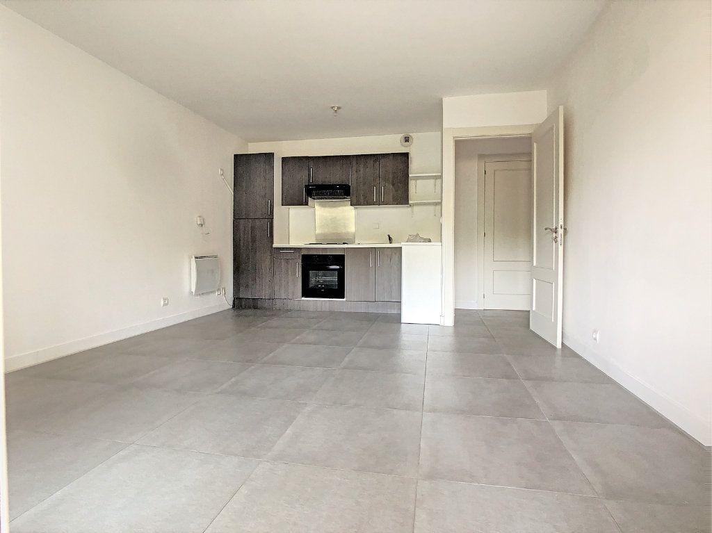 Appartement à vendre 2 45.14m2 à Saint-Laurent-du-Var vignette-4