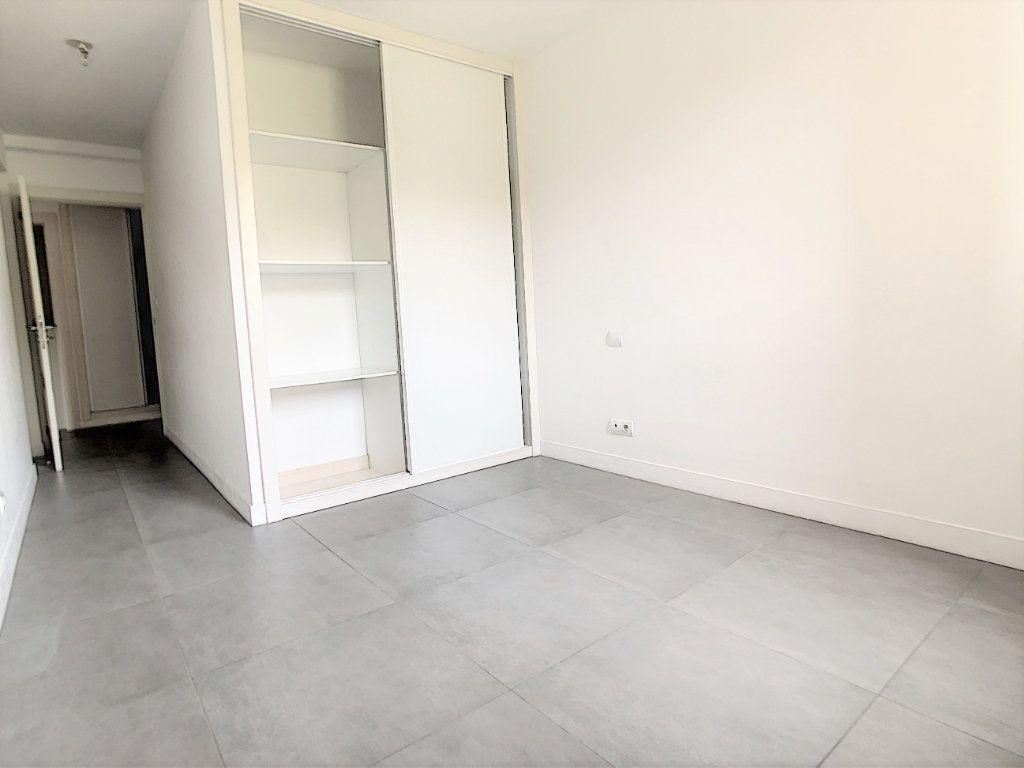 Appartement à vendre 2 45.14m2 à Saint-Laurent-du-Var vignette-6