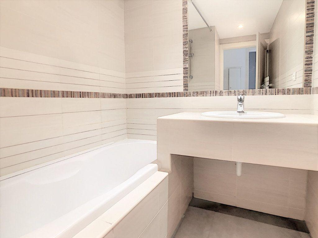 Appartement à vendre 2 45.14m2 à Saint-Laurent-du-Var vignette-7