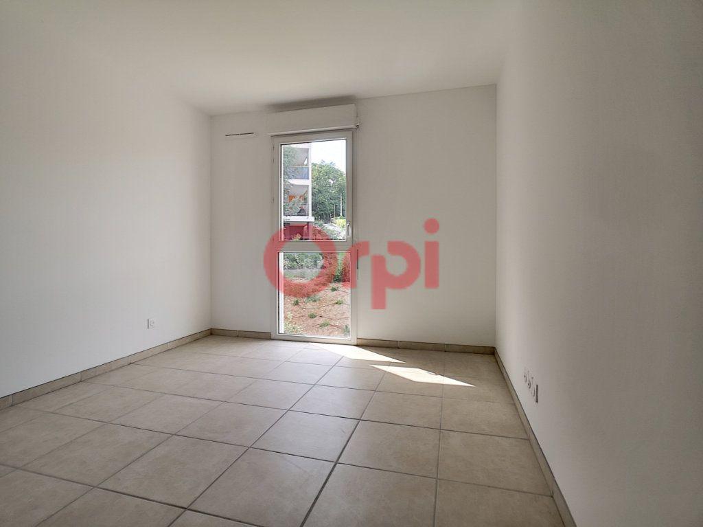 Appartement à louer 2 42.1m2 à Villeneuve-Loubet vignette-8