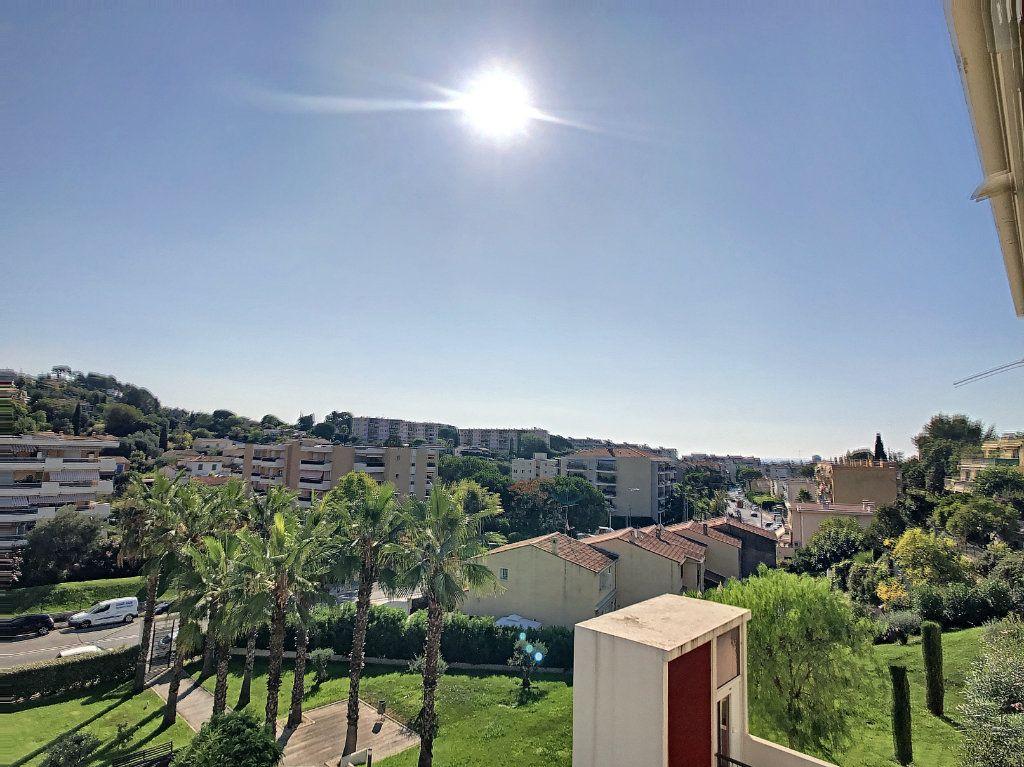 Appartement à vendre 3 65.12m2 à Cagnes-sur-Mer vignette-2