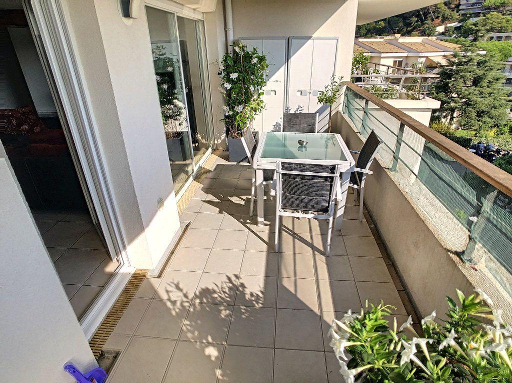 Appartement à vendre 3 65.12m2 à Cagnes-sur-Mer vignette-3