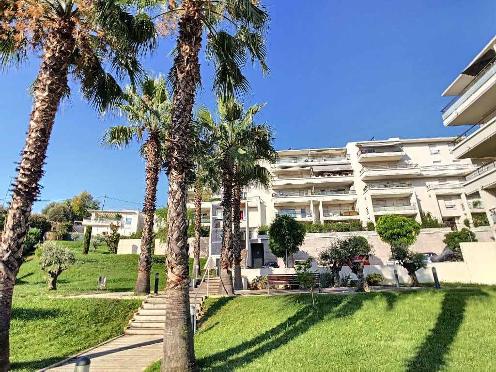 Appartement à vendre 3 65.12m2 à Cagnes-sur-Mer vignette-5