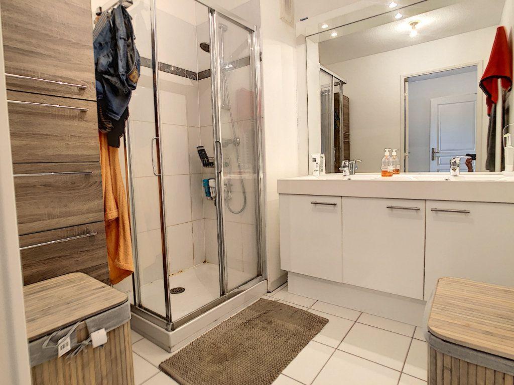 Appartement à vendre 3 65.12m2 à Cagnes-sur-Mer vignette-8