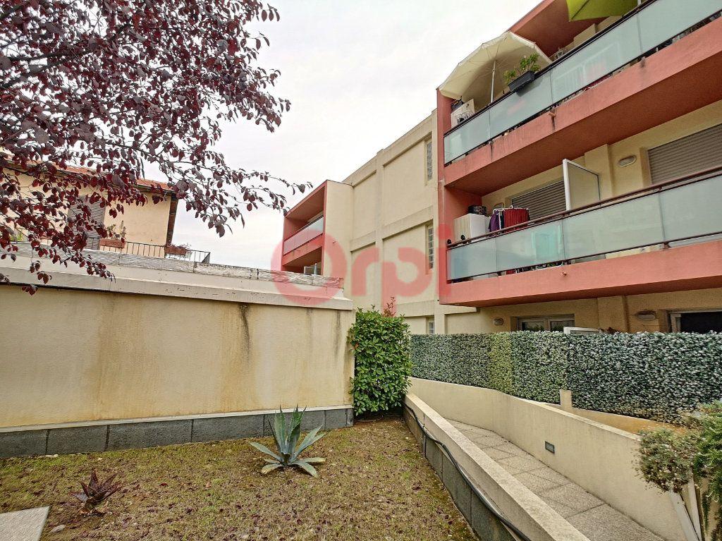 Appartement à louer 2 39.04m2 à Saint-Laurent-du-Var vignette-8
