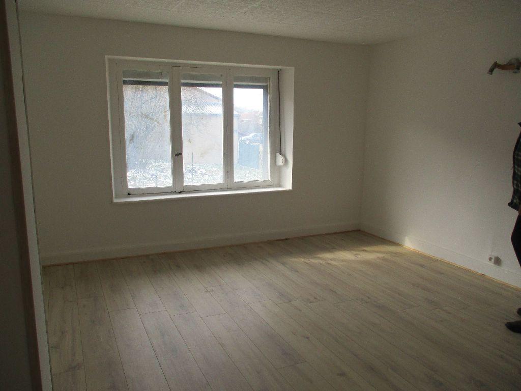 Maison à vendre 4 80m2 à Sivry-sur-Meuse vignette-3