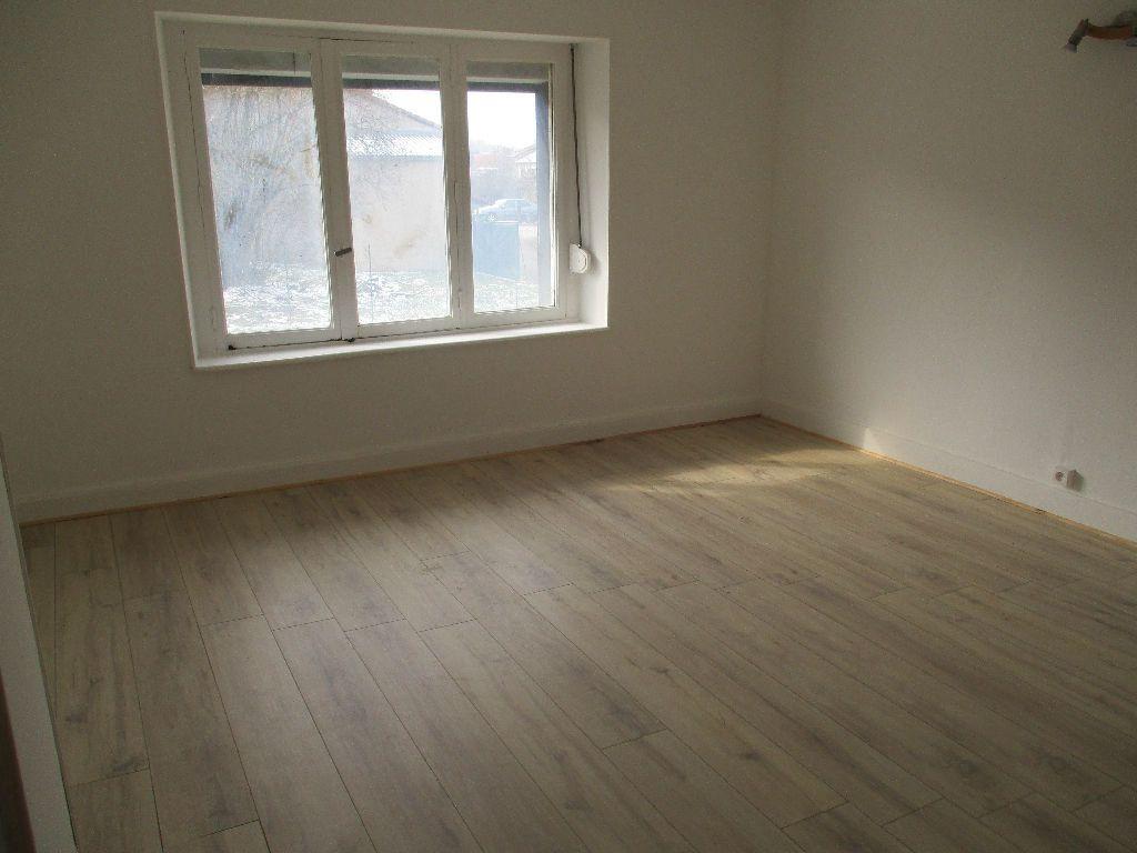 Maison à vendre 4 80m2 à Sivry-sur-Meuse vignette-4