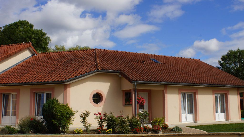 Maison à vendre 8 201m2 à Thierville-sur-Meuse vignette-1