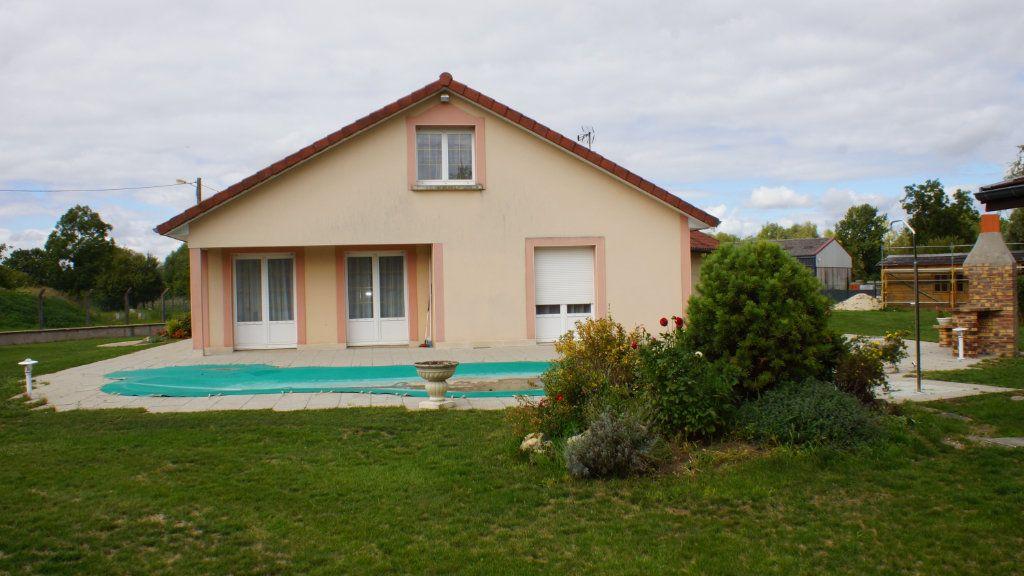 Maison à vendre 8 201m2 à Thierville-sur-Meuse vignette-3