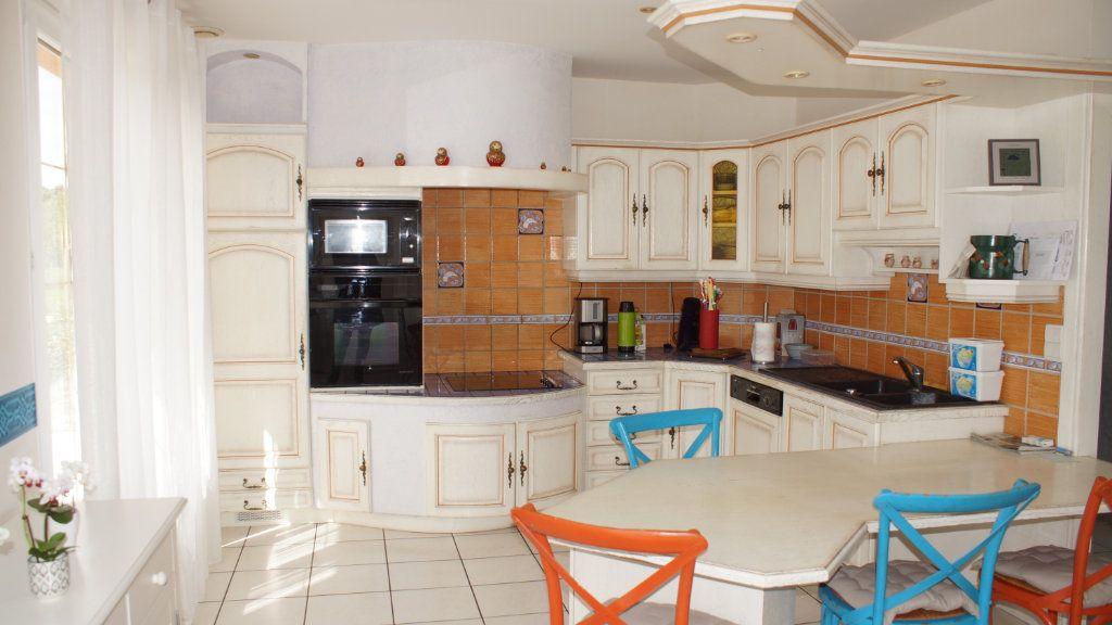 Maison à vendre 8 201m2 à Thierville-sur-Meuse vignette-5