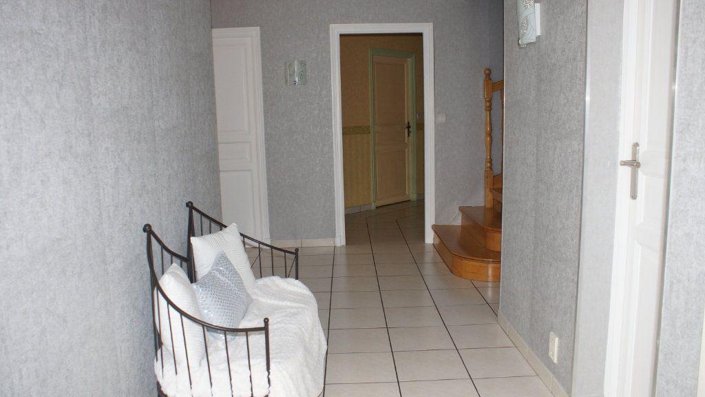 Maison à vendre 8 201m2 à Thierville-sur-Meuse vignette-7