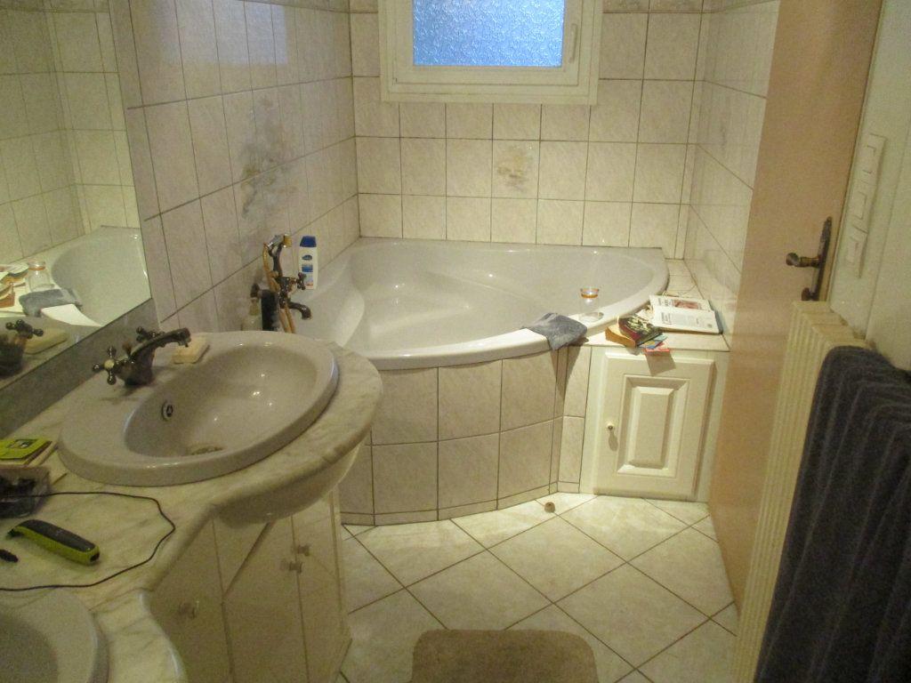 Maison à vendre 5 140m2 à Fromeréville-les-Vallons vignette-11