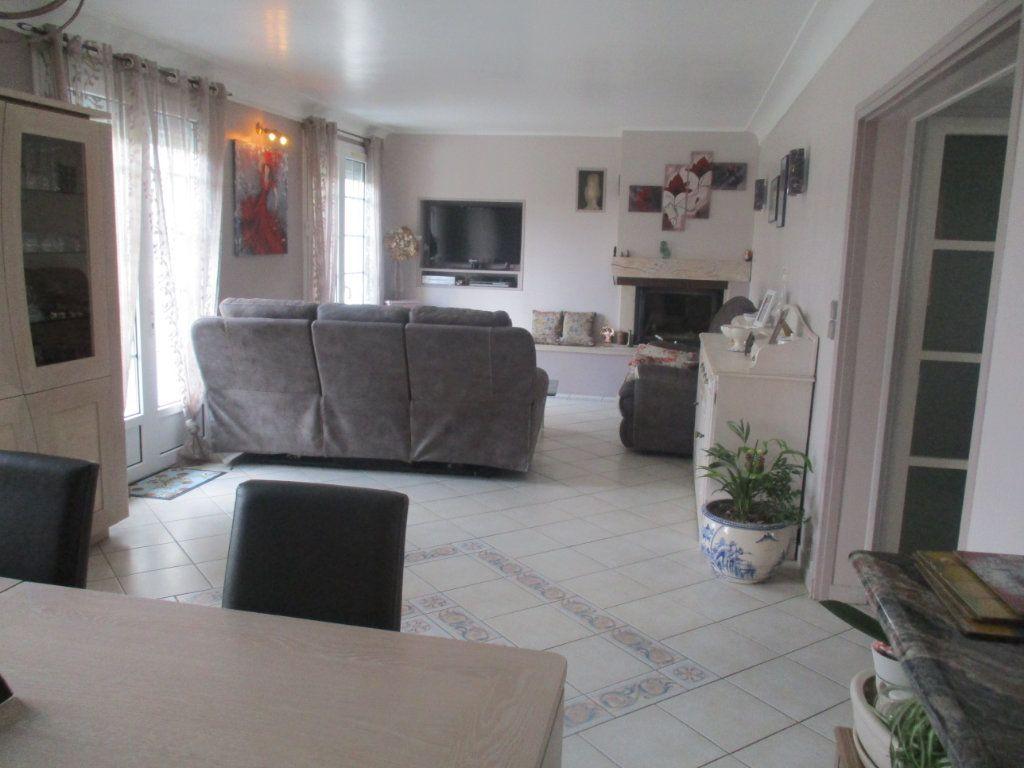Maison à vendre 7 154m2 à Forges-sur-Meuse vignette-3