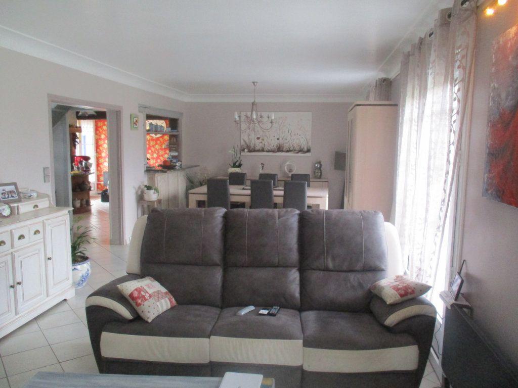 Maison à vendre 7 154m2 à Forges-sur-Meuse vignette-4
