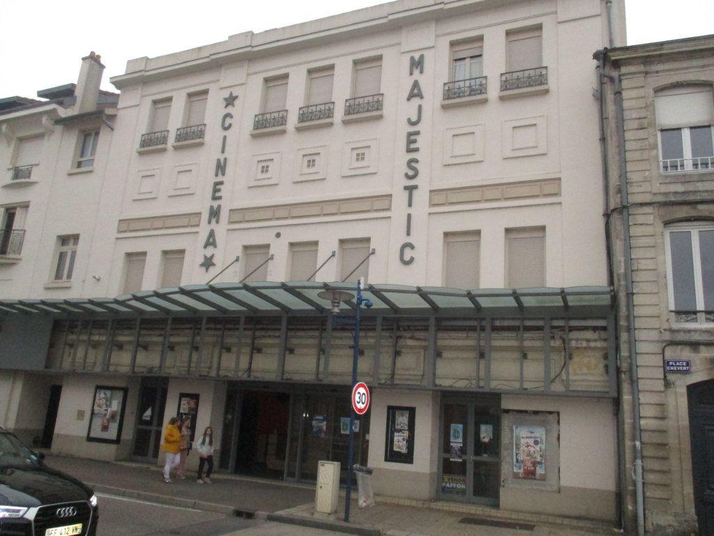 Immeuble à vendre 0 119m2 à Verdun vignette-2