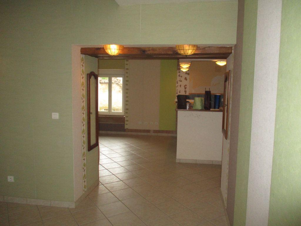 Maison à vendre 5 113m2 à Dugny-sur-Meuse vignette-12