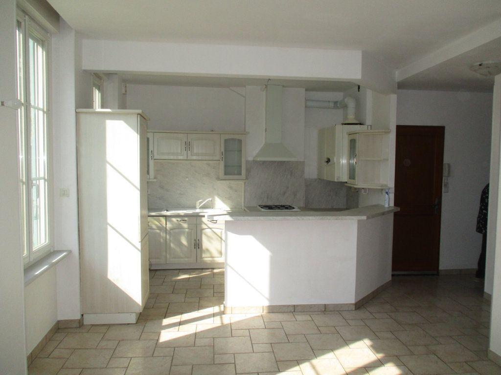 Appartement à vendre 4 82m2 à Verdun vignette-3