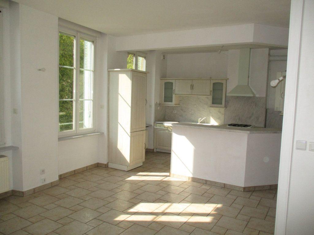 Appartement à vendre 4 82m2 à Verdun vignette-4