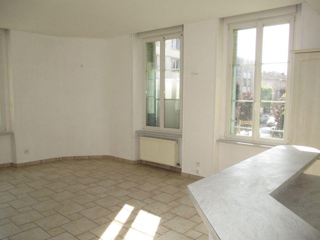 Appartement à vendre 4 82m2 à Verdun vignette-7