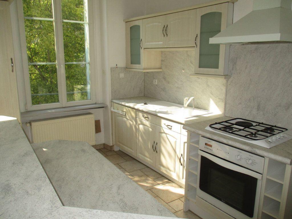 Appartement à vendre 4 82m2 à Verdun vignette-9