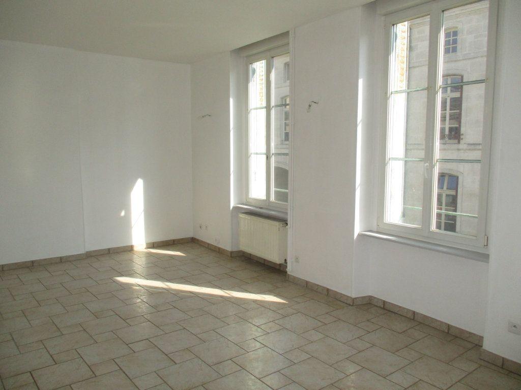 Appartement à vendre 4 82m2 à Verdun vignette-10