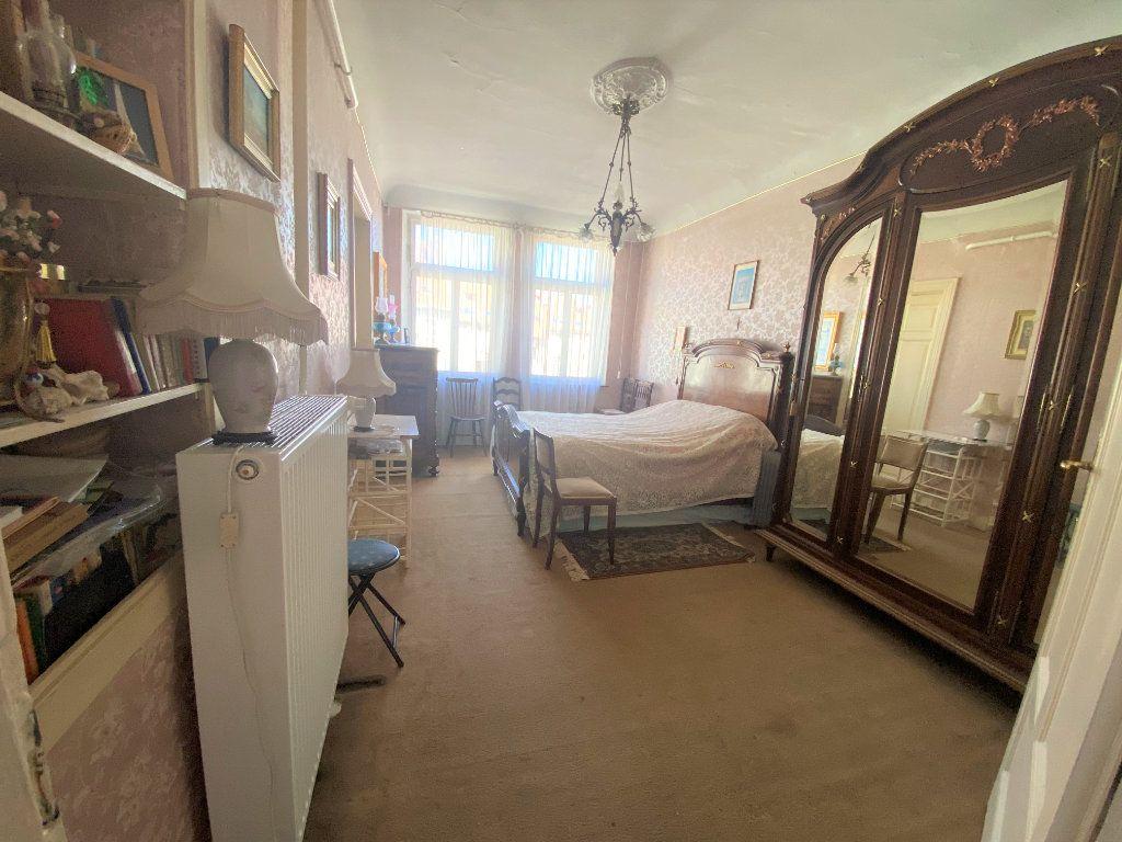 Appartement à vendre 5 107.46m2 à Metz vignette-8