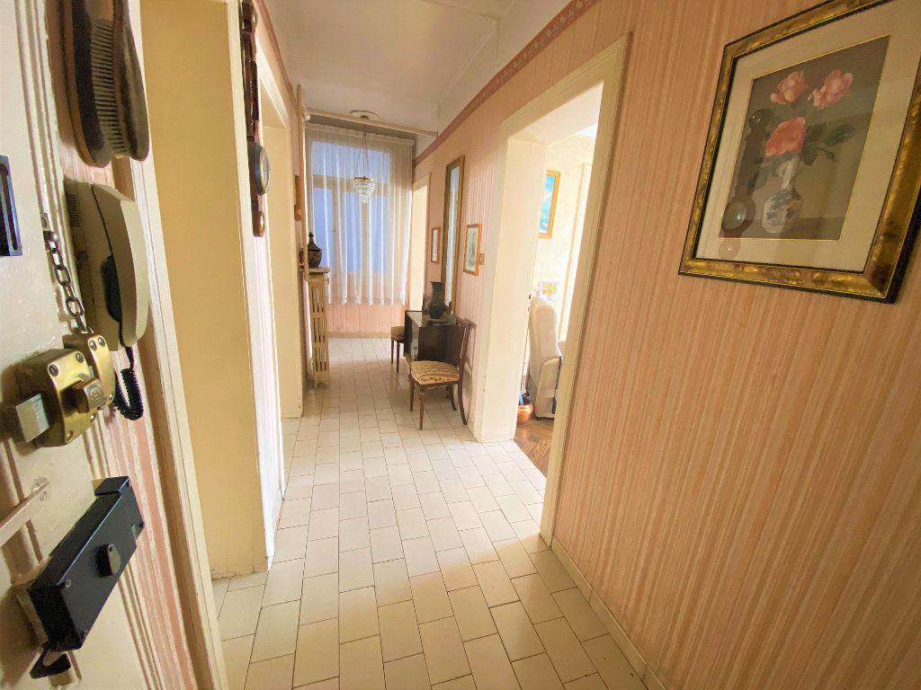 Appartement à vendre 5 107.46m2 à Metz vignette-11