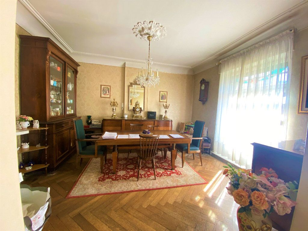Appartement à vendre 5 107.46m2 à Metz vignette-12