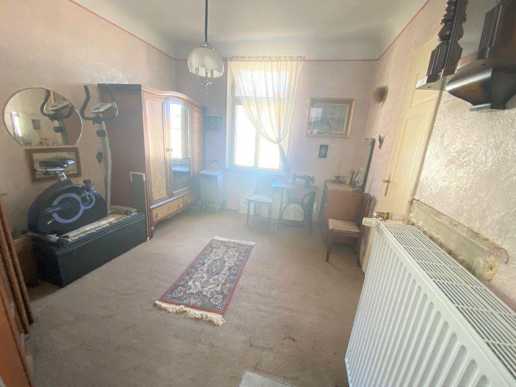 Appartement à vendre 5 107.46m2 à Metz vignette-17